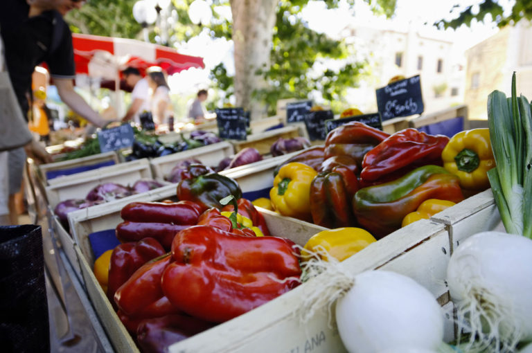 Market day in Collioure (Sunday and Wednesday morning)